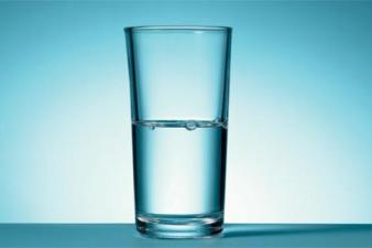Half-empty-glass-008